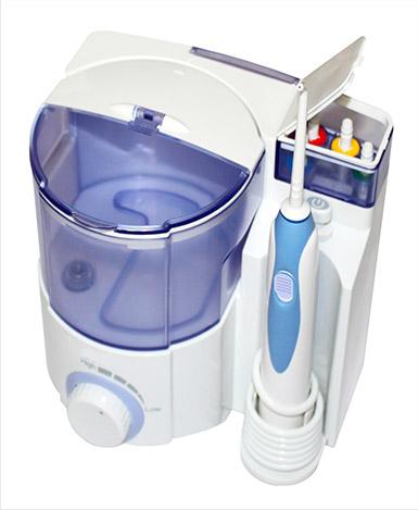 чем чистить зубы