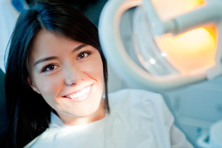 Показания к одномоментной имплантации зубов